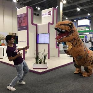 BrandMe T-Rex